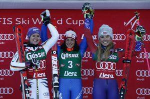 Ski World Cup 2017/2018.   Lienz (AUT)  29/12/ 2017. Viktoria Rebensburg (GER), Federica Brignone (ITA) Mikaela Shiffrin (USA) Photo Giovanni Auletta/Pentaphoto